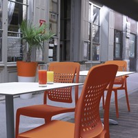 Chaise factory orange GROSFILLEX